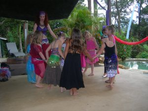 Belly dance Bellydance bellydancing teaching classes Jade