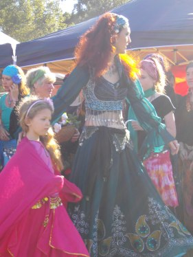 Jade - mother and child bellydancers